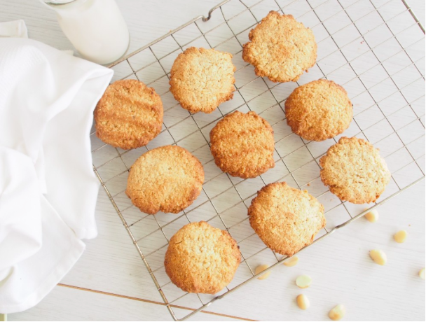 Healthy Anzac Biscuits - An Apple a Day