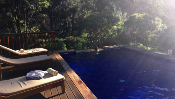 Pool Sacred Valley - An Apple a Day