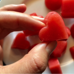 strawberry gummies - an apple a day