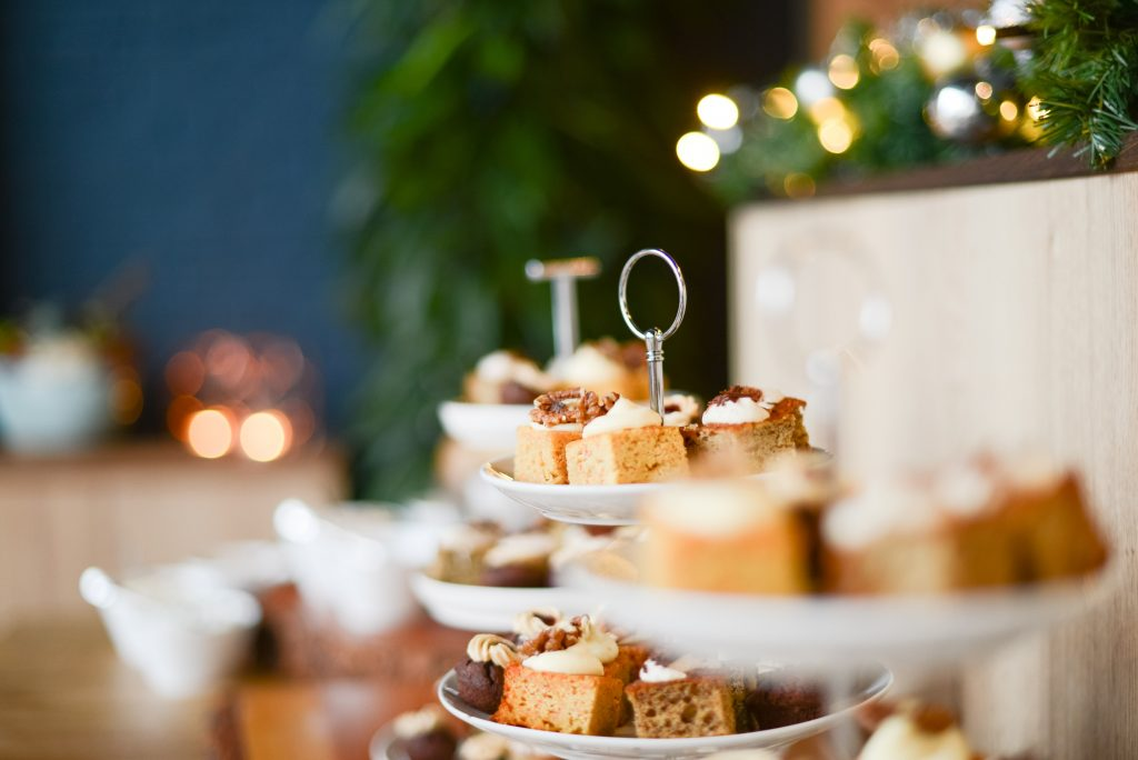 Stop overeating at Christmas - An Apple a Day